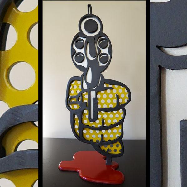yellow-hold-up sculpture popart en acier et aluminium